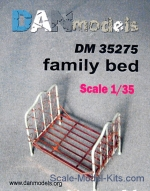 DAN35275 Material for dioramas: family bed