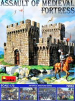 MA72033 Assault of Medieval fortress